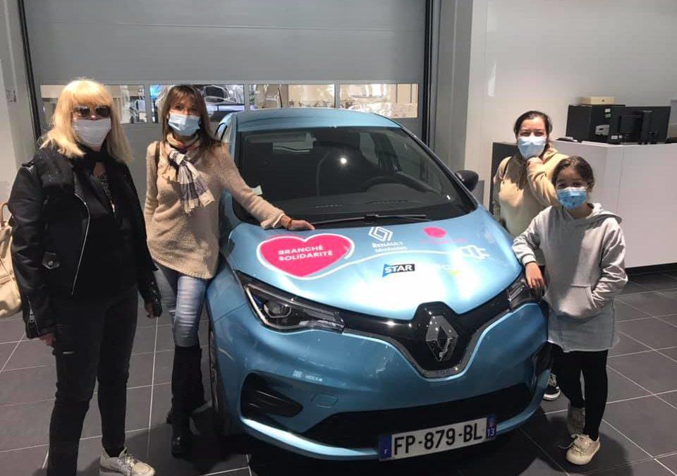 3 Renault Zoé pour Le Point rose